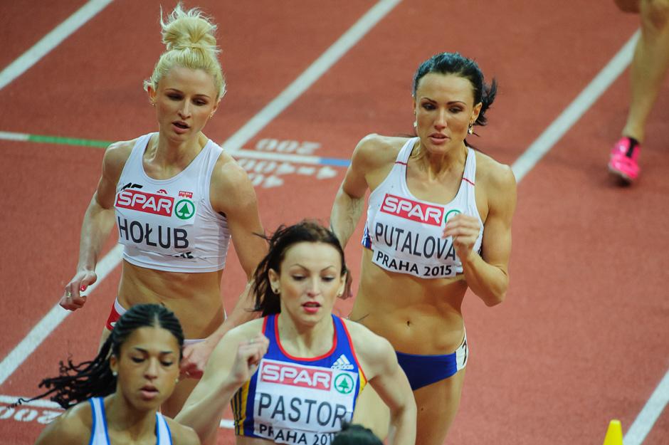 Iveta Putalová v kvalifikácii behu na 400m počas halových Majstrovstiev Európy v atletike 2014, Piatok 6. Marca 2015, Praha, Česká Republika