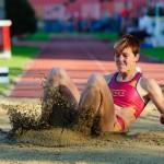 Skok do diaľky - Janka Velďáková počas Atletického kritéria SNP 2012, s najlepším výkonom 651cm to bol najlepší diaľkársky výkon, Banská Bystrica, Sobota 19.5.2012
