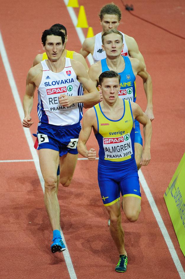 Jozef Repčík v kvalifikácii behu na 800m počas halových Majstrovstiev Európy v atletike 2014, Piatok 6. Marca 2015, Praha, Česká Republika