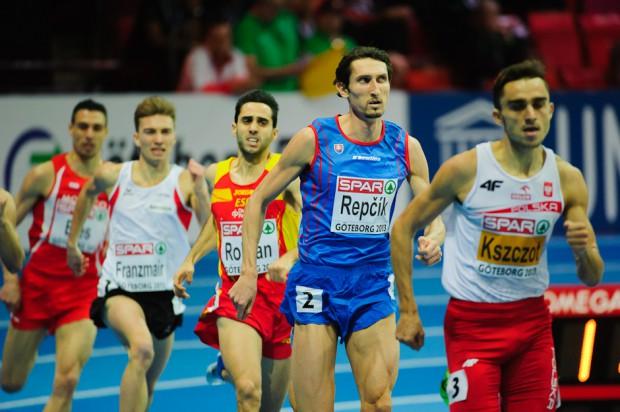 Jozef Repčík v behu na 800m v kvalifikácii obsadil druhé miesto a pokračuje do semifinále Majstrovstiev Európy v halovej atletike 2013, Göteborg, Švédsko, Piatok 1.3.2013