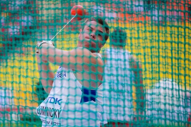 Marcel Lomnický počas kvalifikačného hodu kladivom na Majstrovstvách sveta v atletike. Svoju formu sa mu podarilo potvrdiť výkonom iba 3cm kratším ako bol stanovený kvalifikačný limit. 76.97m mu hladko zabezpečilo postup medzi finálovú dvanástku. Moskva, Ruská federácia, Sobota 10.08.2013