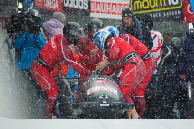 Tím slovenského štvorbobu sa pripravuje na štart druhej jazdy Majstrovstiev sveta v boboch 2013, St.Moritz/Celerina, Švajčiarsko, Sobota 2.2.2013