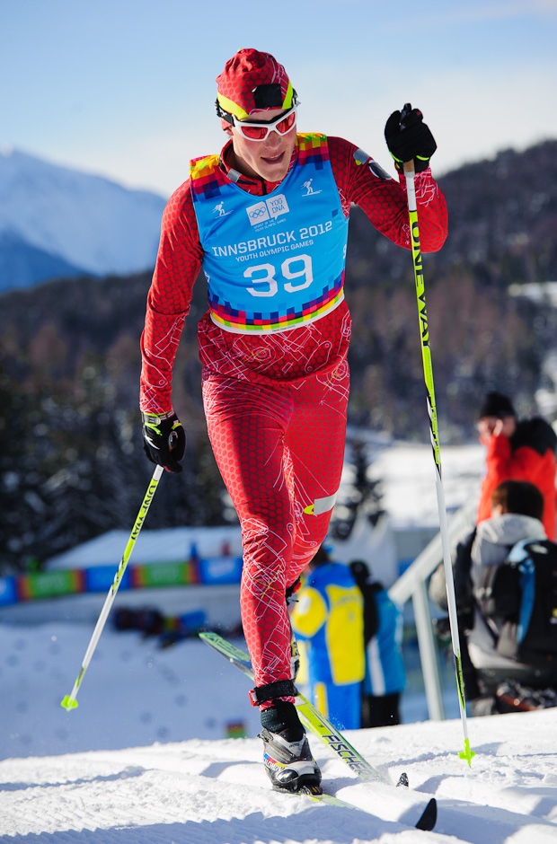Andrej Segeš na poslednom stúpaní pred cieľom v bežeckých pretekoch na 10km klasickou technikou počas Zimných Olympíjskych hier mládeže, Seefeld Arena, Innsbruck - Rakúsko, Utorok 17.1.2012