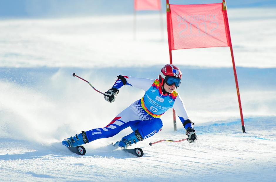 Clara Direz (FRA) v druhej jazde obrovského slalomu. Zvíťazila v slalome dievčat, Zimné Olympíjske hry mládeže 2012, Innsbruck - Rakúsko, Streda 18.1.2012