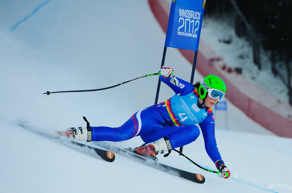 Petra Vlhová počas prvého preteku superkombinácie - zjazdu super-G na Olympíjskych hrách mládeže, Innsbruck - Rakúsko, 15.1.2012