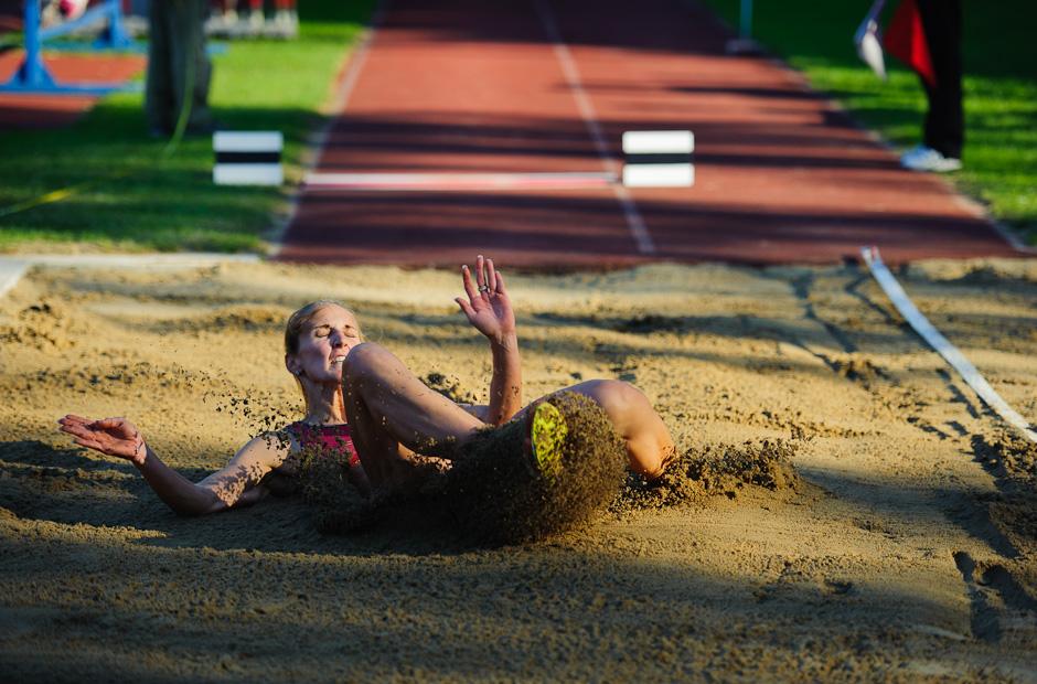 Renata Medgyesova počas Atletického kritéria SNP 2012, najlepší výkon 635cm nestačil na Janku Veďákovú, ktorá skočila 651cm, Banská Bystrica, Sobota 19.5.2012