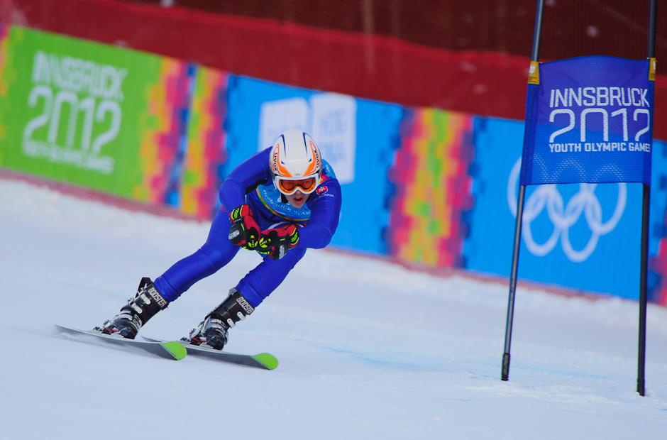 Roman Murín počas prvého preteku superkombinácie - zjazdu super-G na Olympíjskych hrách mládeže, Innsbruck - Rakúsko, 15.1.2012
