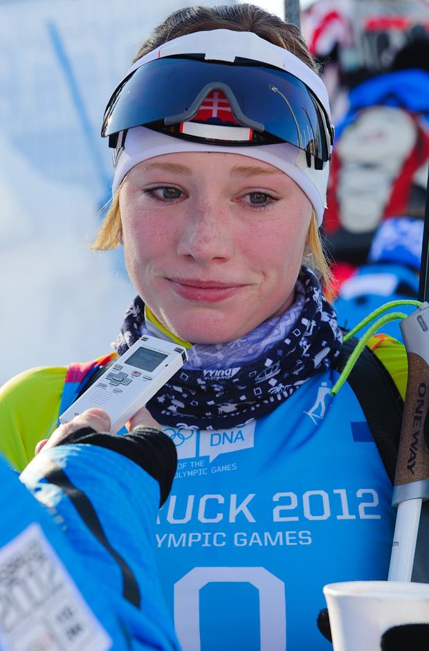 Sklamanie Ivony Fialkovej po stíhacích pretekoch v biatlone, Zimné Olympíjske hry mládeže, Seefeld Arena, Innsbruck - Rakúsko, Pondelok 16.1.2012