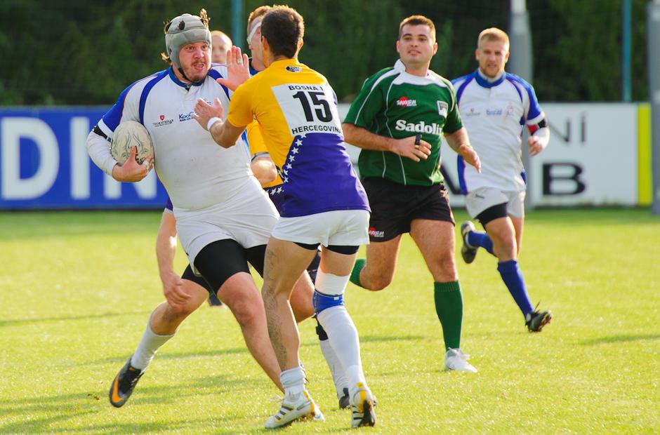 Navzdory všetkému proti súperovi, rugby tím Slovenska proti reprezentácii Bosny a Hercegoviny, ktorej podľahla 15:48, 17.10.2011 v Bratislavskom Čunove