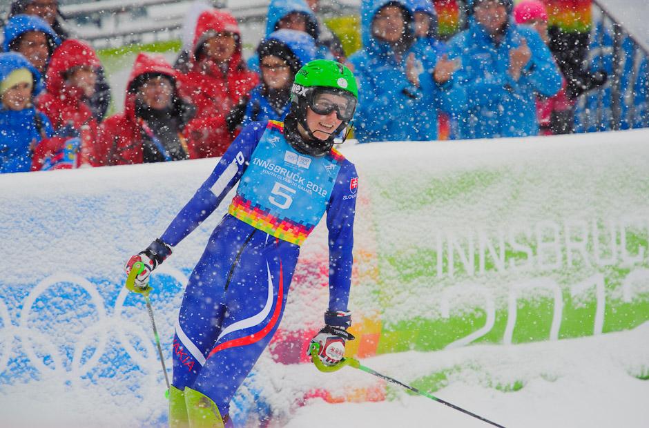 Zaslúžená radosť Petry Vlhovej po najlepšom čase v slalome dievčat na Zimných Olympíjskych hrách mládeže, Innsbruck - Rakúsko, Piatok 20.1.2012